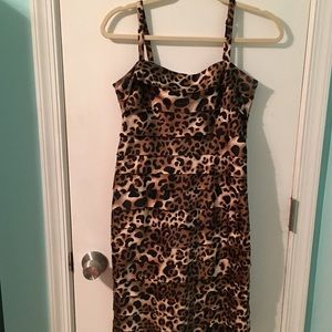 Gorgeous Evan Picone leopard print cocktail dress
